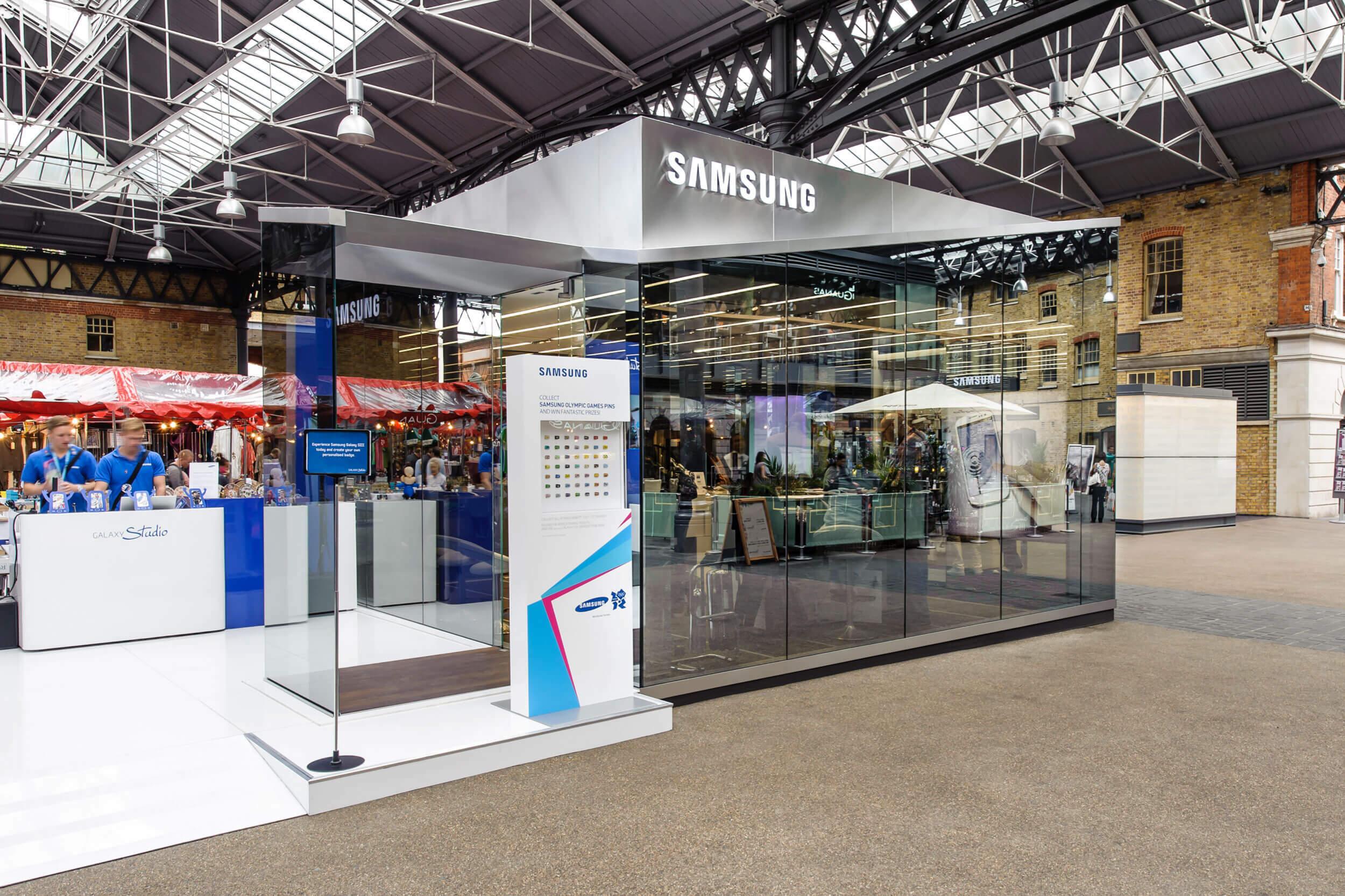 Informationsstand auf dem Gelände des Samsung Olympic Park
