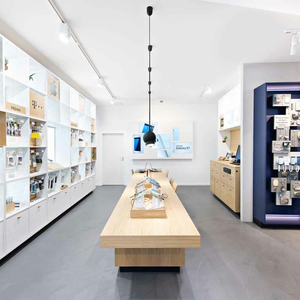 Ein Tresen in einem von Expomondo umgesetzten Mobilcom Debitel Shop