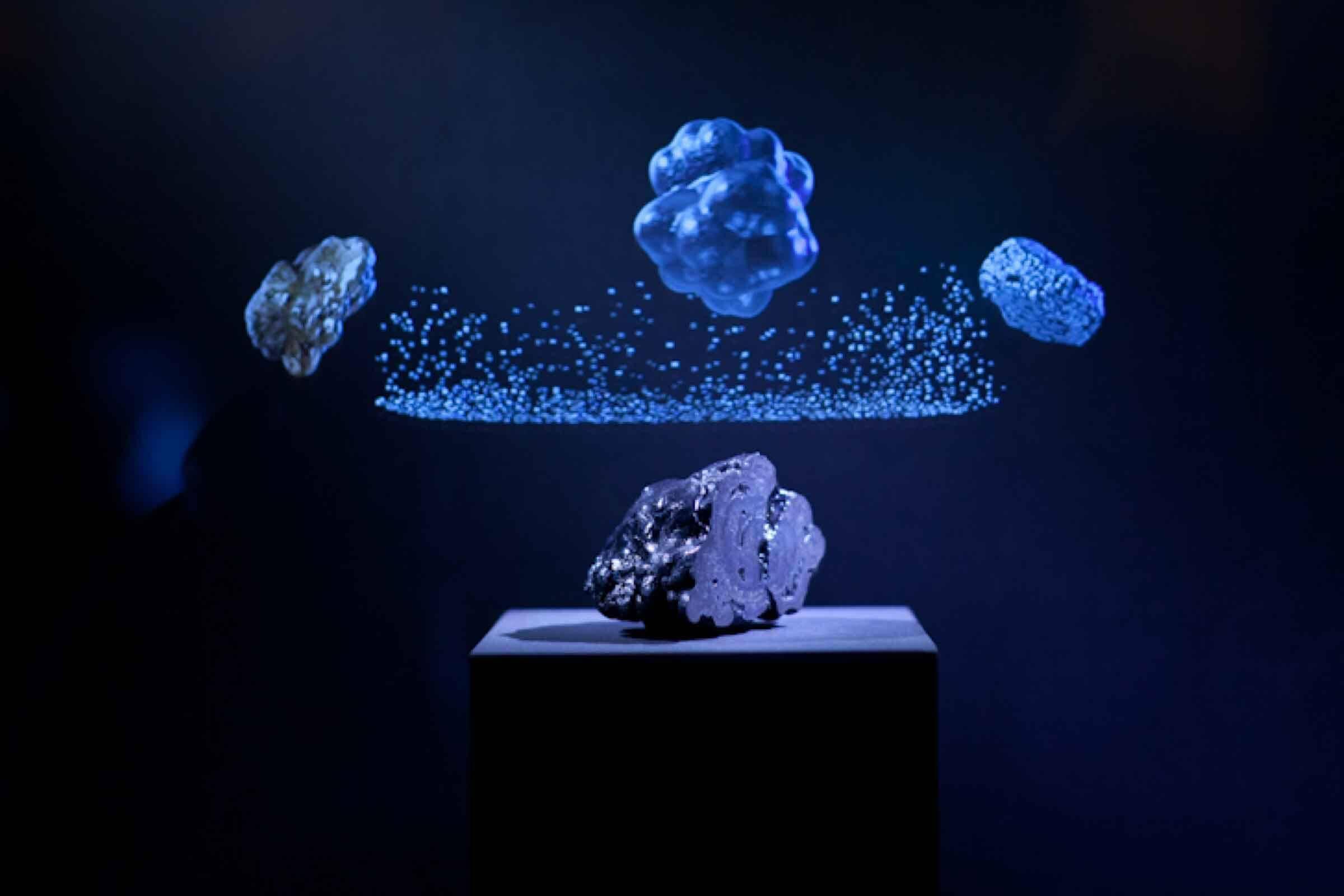 Exponat eines Steins in einer Erlebniswelt